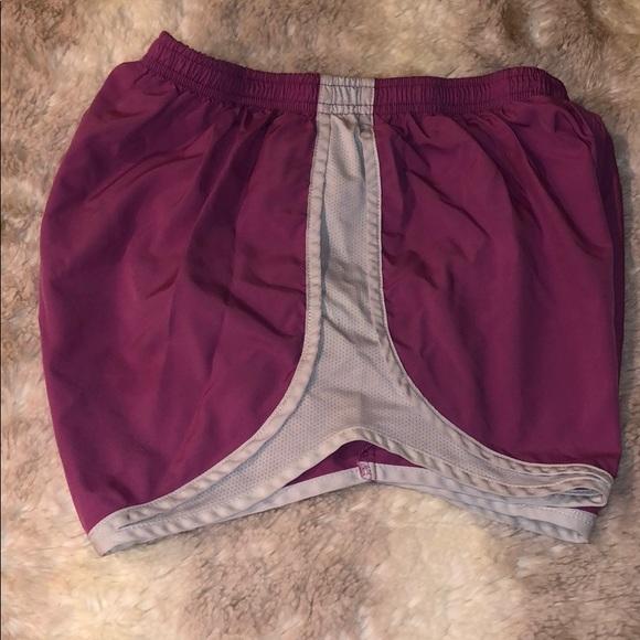 Nike Pants - Nike tempo running shorts